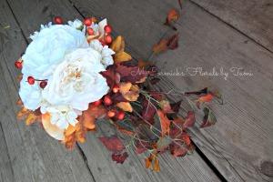 Fall Cascade Bouquet 1A